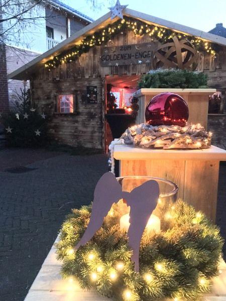 Großes Adventsmarkt-Büfett